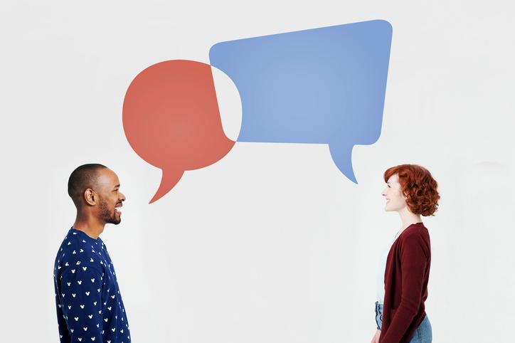 Gratis retorikutbildning: Två personer som pratar olika språk